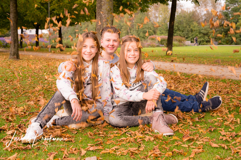 Familie-kinderfotograf-familienfotograf-familien-newborn-papenburg-fotostudio-lisbeth-kraakmann-011